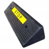 "SH-R505B 三角型橡膠輪擋B級次級品<P>規格約:長50.5㎝*寬15㎝*高11㎝,5kg ( 誤差±3% )附反光貼紙<BR> 優點:耐用  缺點:外觀較不細緻 ,隨機出貨。 <br>外觀實例<a href=""http://www.shinopec.com.tw/r505bimg/R505B_111_1.JPG"" target=""_blank""><font color=""#0000ff"">圖1</font></a><a href=""http://www.shinopec.com.tw/r505bimg/R505B_222_1.JPG"" target=""_blank"">-<font color=""#0000ff"">圖2</font></a><a href=""http://www.shinopec.com.tw/r505bimg/R505B_333_1.JPG"" target=""_blank"">-<font color=""#0000ff"">圖3</font></a><a href=""http://www.shinopec.com.tw/r505bimg/R505B_444_1.JPG"" target=""_blank"">-<font color=""#0000ff"">圖4</font></a>"