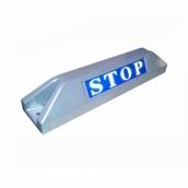 鋁合金車輪擋<P>規格:本體鋁合金+烤漆 ( 銀 ),STOP反光貼紙<P>約長55㎝*寬11.5㎝*高10㎝,1kg  ( 誤差±3% )