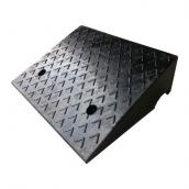 SH-RS1550 橡膠斜坡磚<br> 尺寸約50*38*15cm ,12kg;<br>橡膠路緣坡,橡膠路沿坡