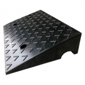 SH-RS1150 橡膠路緣坡<br> 橡膠路沿坡,尺寸約50*33*11cm ,8kg