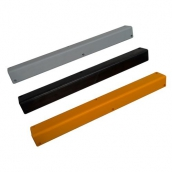 SH-PL95M 發泡軟質反光防護角(包覆鍍鋅鐵片 )<P>規格:PU發泡材質 ( 顏色有多種可選 ),<P>L:8㎝、W:8㎝、H:90㎝、厚度:1.5㎝ ( 誤差±3% )