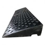 SH-RS1010 橡膠路沿坡、爬坡墊<br> 橡膠路沿坡、爬坡墊,尺寸約100*30*10cm ,15.5kg