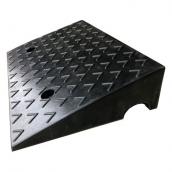 SH-RS1150 橡膠路緣坡、爬坡墊<br> 橡膠路沿坡、爬坡墊,尺寸約50*33*11cm ,8kg