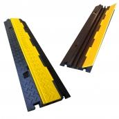 SH-R22510 橡膠2槽線槽<P>規格:主體橡膠材質,黃色塑膠蓋板<P>整體約:97㎝*寬24㎝高4.5㎝<P>內槽尺寸:寬2.5㎝*高3.0㎝ ( 誤差±3% ),重約6.5kg