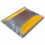 SH-D580 平面型鑄鋁標記<P>說明:L:8㎝、W:10㎝、H:1.2㎝ ( 誤差±3% ),可搭配紅、黃或白色反光貼紙