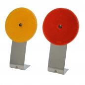 SH-D08 L型底座反光導標<p>說明:可搭配紅/黃反光片